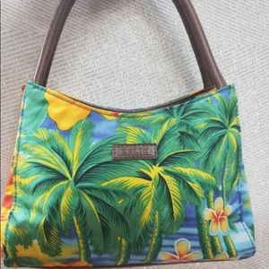 NWOT Relic Purse in Tropical Pattern